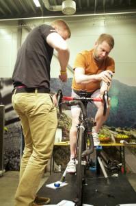 Ett par bilder från dagarnas Bikefitutbildning. Varje grad och millimeter räknas!