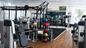 Kiropraktor Hammarby Sjöstad: vi erbjuder alltid rehabiltieringsträning, och alla patienter erbjuds träning i gymmet vid behov..